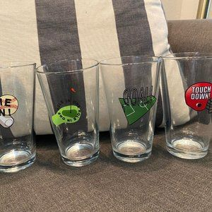 Pottery Barn DRINKING GLASS SET OF 4 SPORTS GOLF